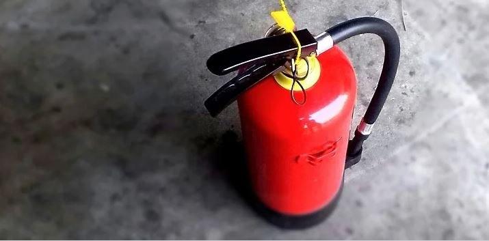 brandbluspoeder schoonmaken