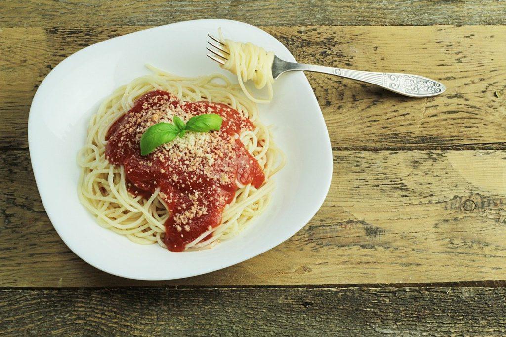 spaghetti vlekken